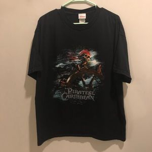Disney pirates of the Caribbean graphic tee black